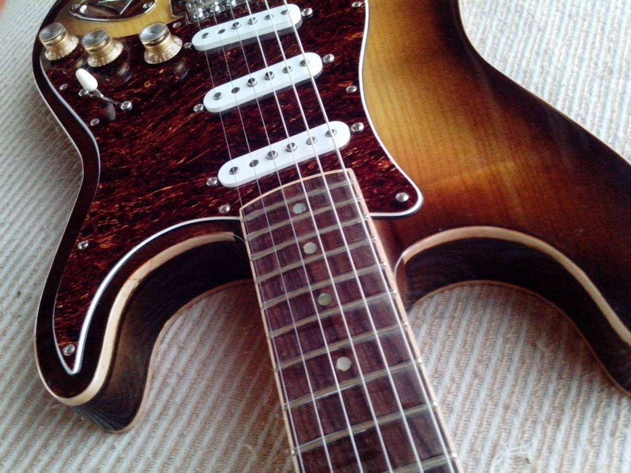 Modelo Stratocaster de Raffaelli Guitarras